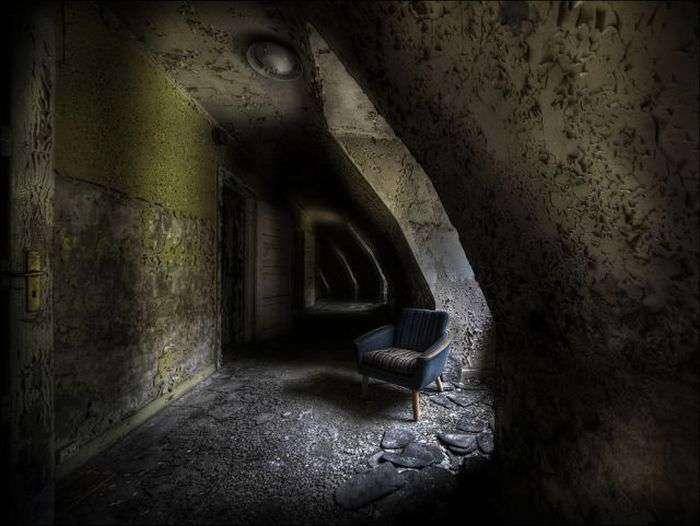Страшні знімки покинутих будівель (40 фото)