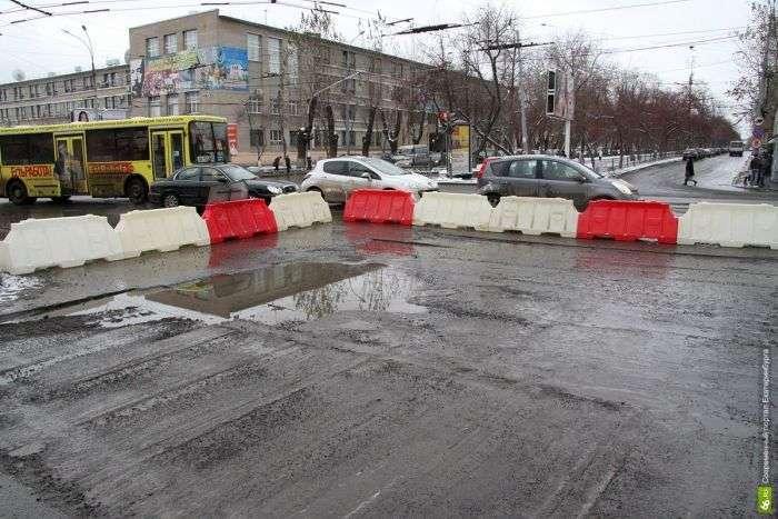 Дорожні служби зявляються тільки з настанням холодів (94 фото)