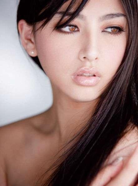 Красиві азіатки з соціальних мереж (50 фото)