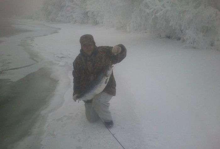 Неймовірний улов на зимовій рибалці (3 фото)