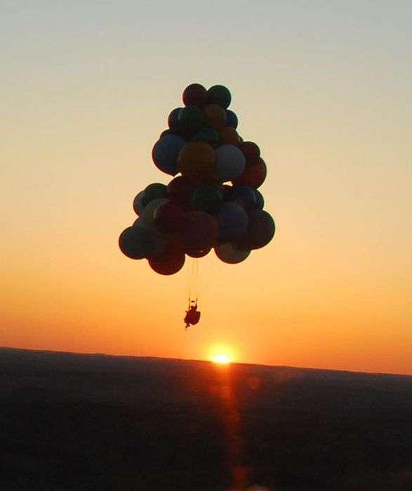 Неймовірна подорож на повітряних кулях (12 фото)
