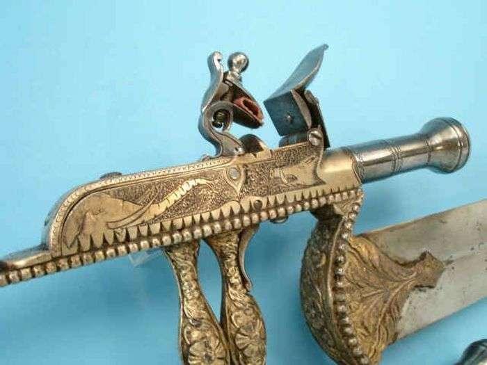 Незвичайний вогнепальний катар ассасіна-вбивці (10 фото)