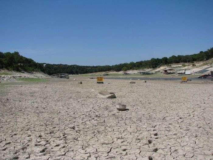 Озеро Тревіс, яке зникло з лиця землі (16 фото)