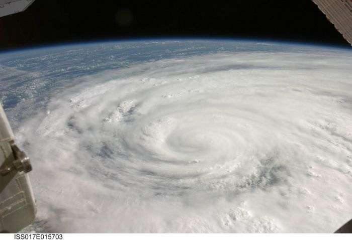 Дивовижні космічні знімки NASA (99 фото)