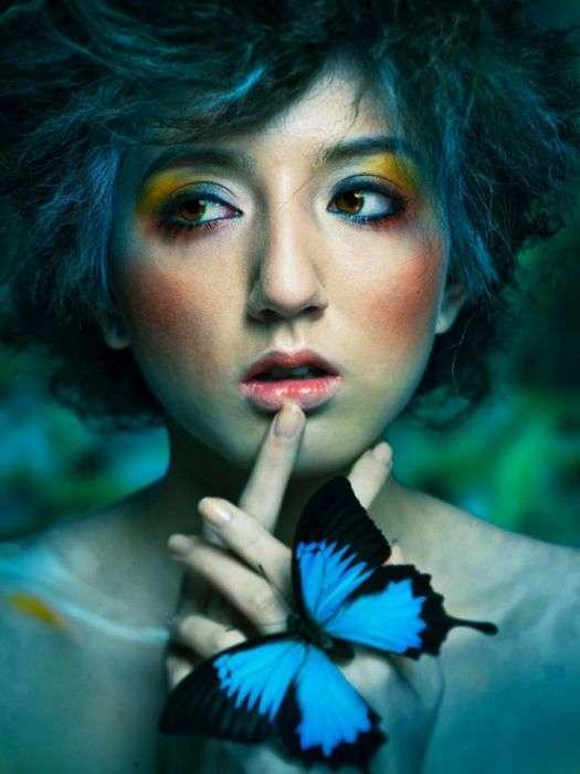 Зачаровують картини і знімки японського майстра (24 фото)