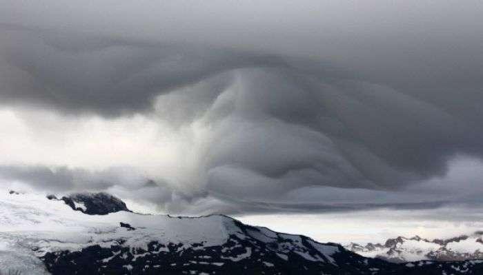 Незвичайна хмари і дивні фігури в небі (54 фото)