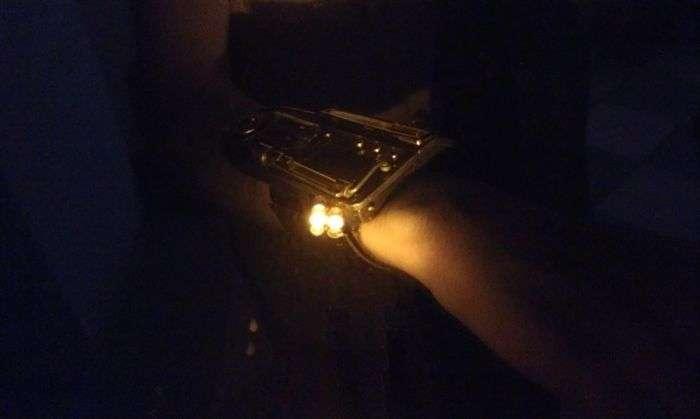 Креативні стімпанк-годинник з корисними функціями (29 фото)