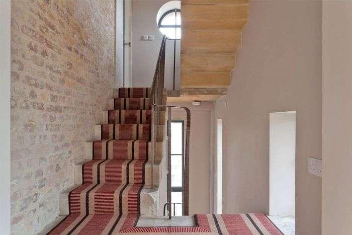 Креативний проект будинку в старій водонапірній башті (20 фото)
