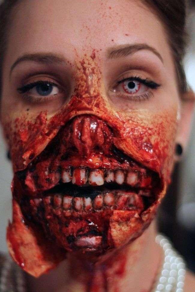 Моторошне перевтілення в зомбі (11 фото)
