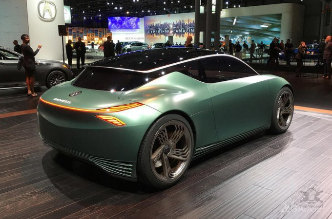 Genesis Mint – электрокар для города с оригинальным кузовом авто