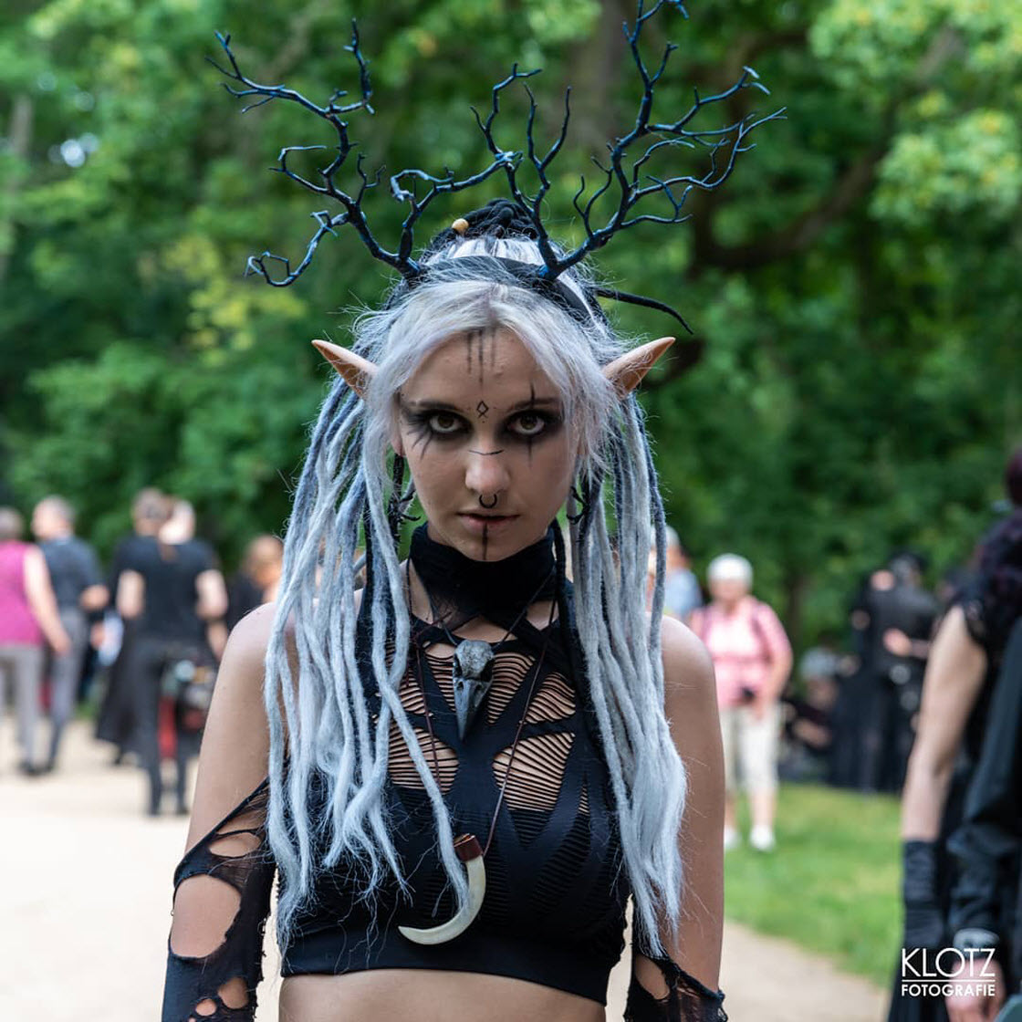 Вампиры и прочая нечисть собрались в Германии праздник,фестиваль,вампиры,вурдулаки,Германия,косплей,костюмы,наряды,нечисть,фестиваль