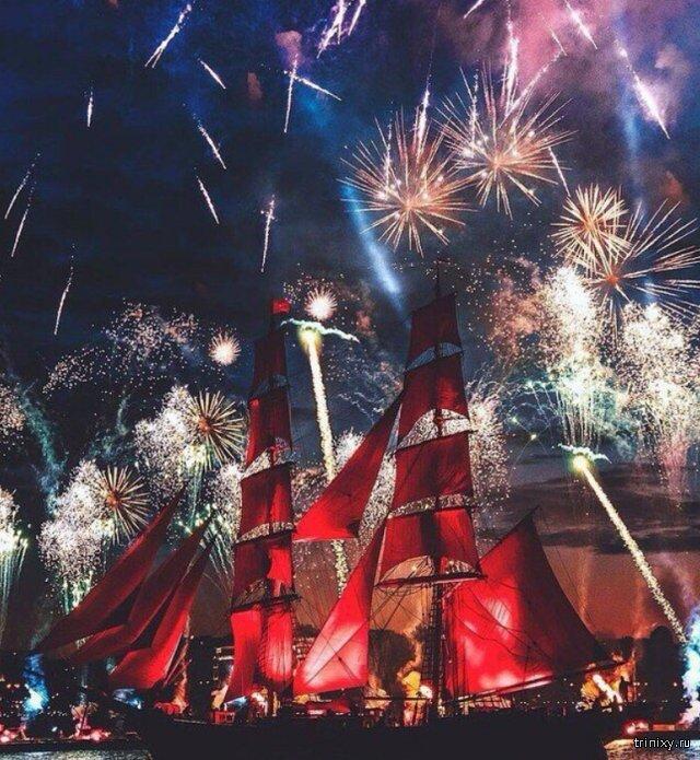 В Санкт-Петербурге прошел праздник «Алые паруса» Интересное