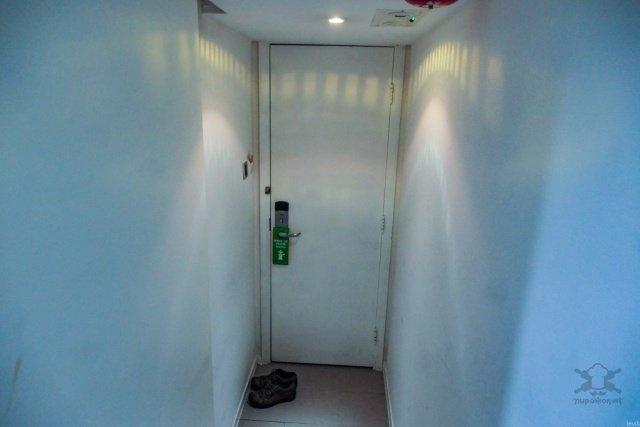Как выглядит бюджетное жилье в центре Гонконга Интересное