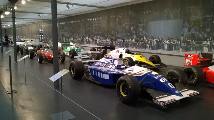Крутые автомобильные музеи в мире Интересное