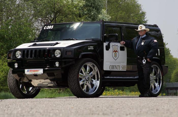 Милиция Беларуси решила спрятать российские автомобили от глаз иностранных туристов Интересное