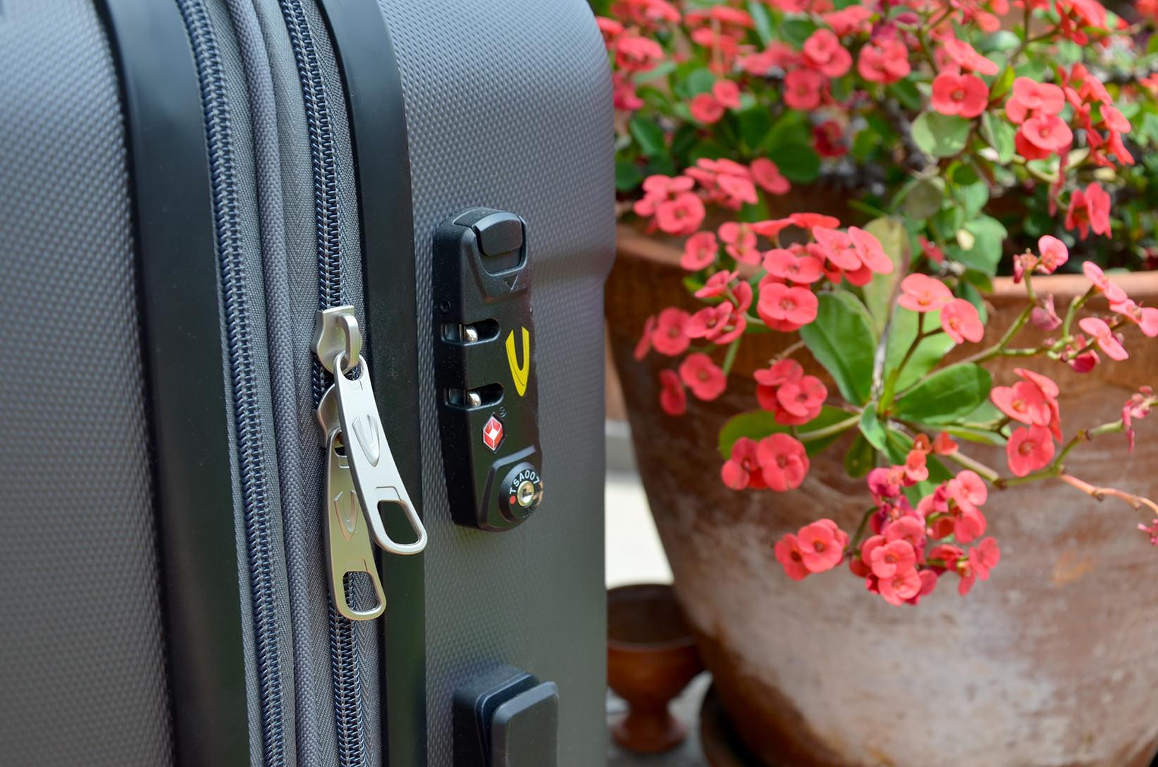 Покупка чемодана. Какой выбрать? отдых,отпуск,поездка,путешествие,туризм