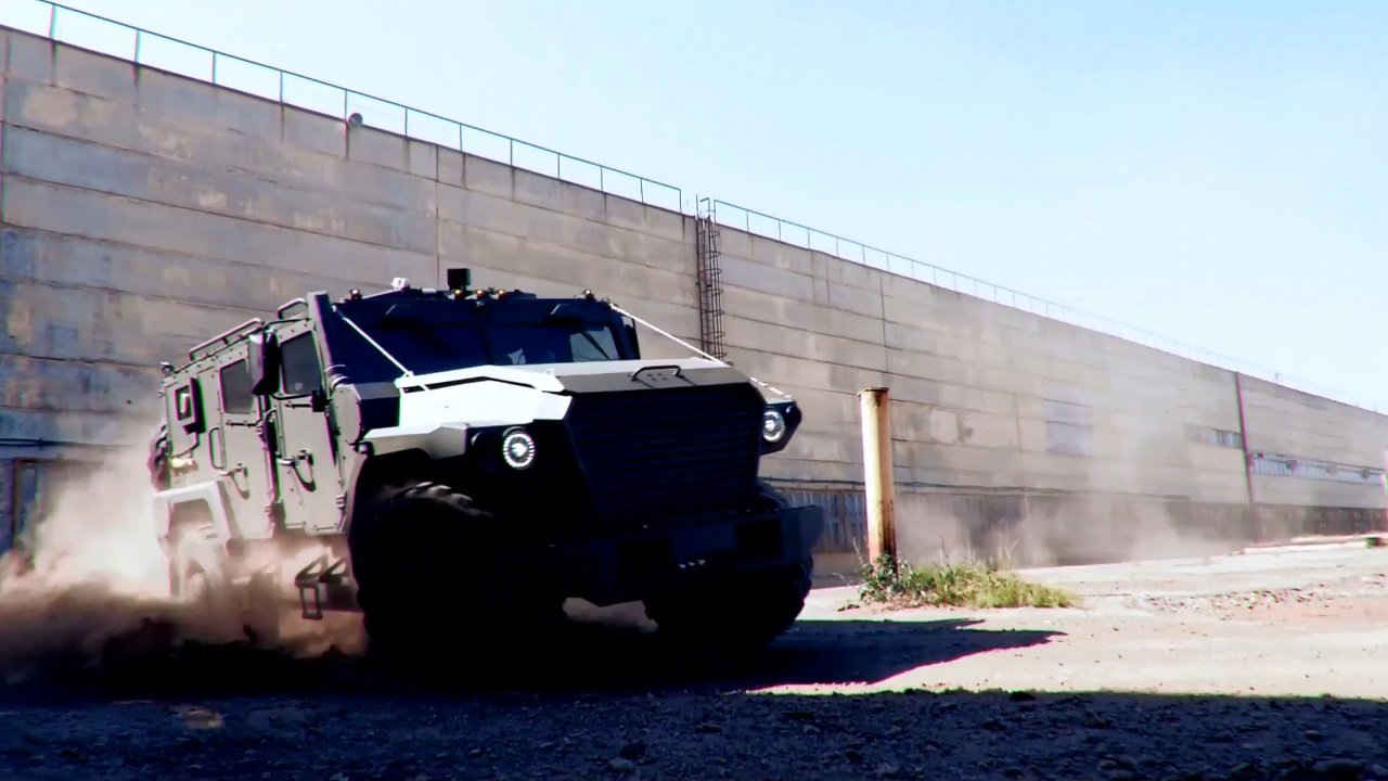 Первые фото внедорожника Тигр Next от ГАЗа авто,авто и мото,автоновости,видео,Тигр next от ГАЗа