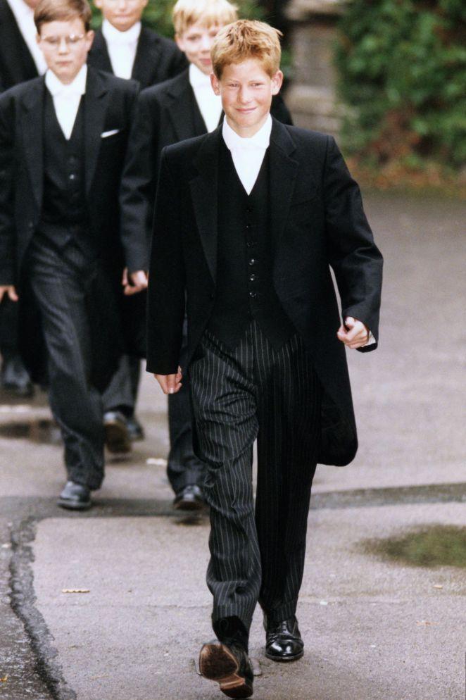 5 самых громких скандалов вокруг принца Гарри королевская семья,принц Гарри,скандалы