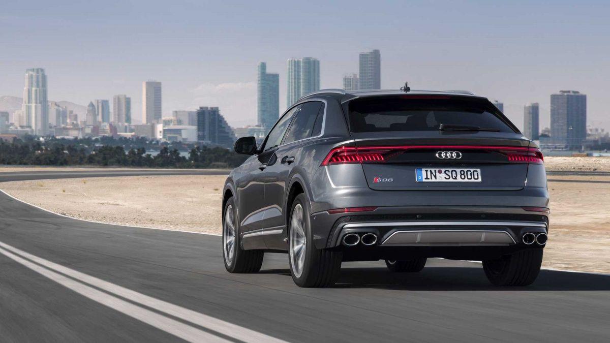 Самый мощный кроссовер Audi представлен официально автомобили,новости,тюнинг