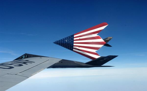 Китайские СМИ: Россия может превратить самолёты США в